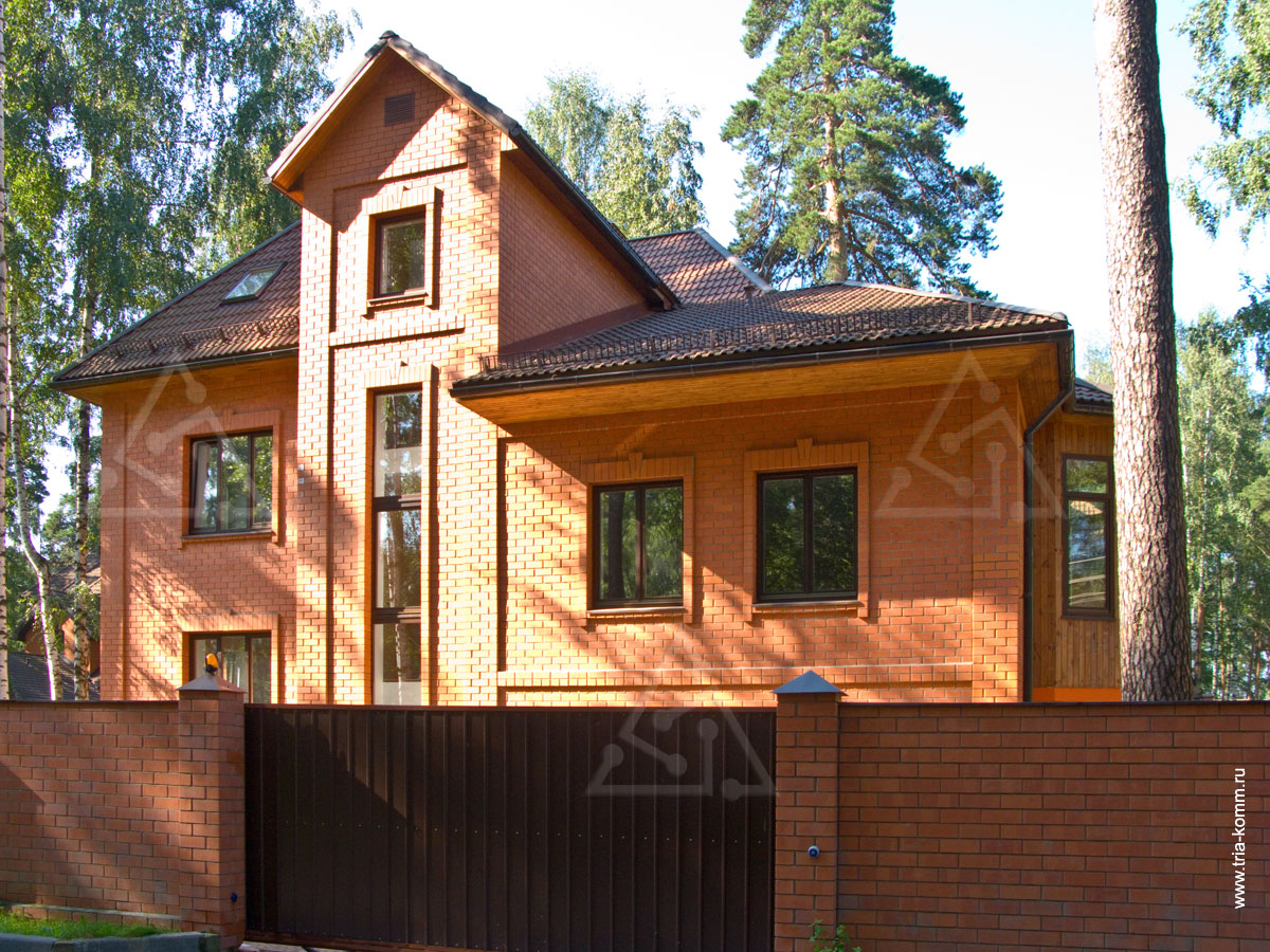 http://www.tria-komm.ru/working/house_cottage/house_420/fasad.jpg